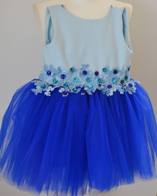 Sukienka dziewczęca zdobiona